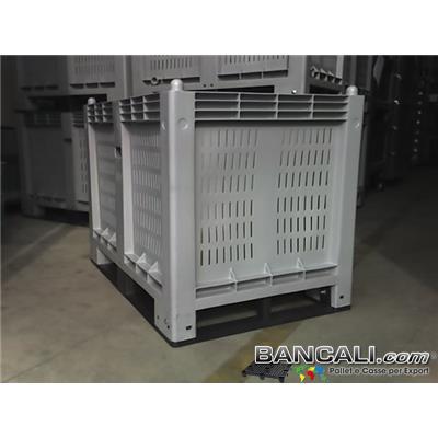 CargoPAL600s4 - CargoPallet Box 600 Litri; Cassone in Plastica per Uso industriale, Pareti grigliate, Fondo Chiuso;  800x1200 h.850;   con 4 Slitte / Traverse sotto già montate.