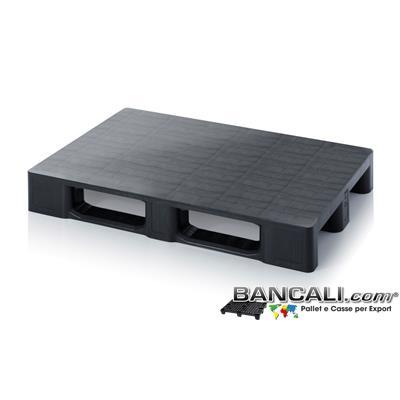 EuroPallet  in Plastica 800x1200 mm a piano Liscio e Chiuso di media robustezza con 3 slitte SENZA Bordi Peso Tara Kg. 15