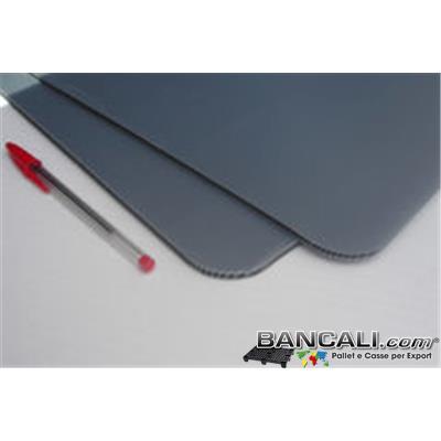 Interfalda80x130mm9 - Lastra in  Cannettato Doppio Separatore in Plastica  dimensione 800x1300 spessore  mm. 9  colore Grigio.