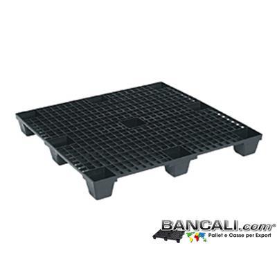NEP120x120PPN - Bancale in Plastica 1200x1200 mm. Quadrato Grigliato a maglia quadrata, 9 Piedi, Inseribile l'uno nell'altro, Materiale in Polipropilene. Tara Peso 11 Kg.