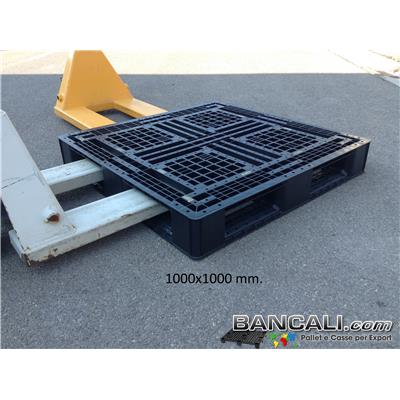 Rack-100x100-S6-h14-Di - Pallet Quadrato 1000x1000 mm. in Plastica h.140 mm. idoneo a Scaffale, Inforcabile 4 vie Peso Tara 14 Kg.