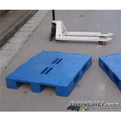Rack-100x120-CP1-S3-F4-T-NL-II-ER - Bancale Rettangolare in Plastica 1000x1200 mm. Piano Chiuso con 4 Fessure al centro e 3 Slitte sotto; Peso  20 Kg. Colore Blue.