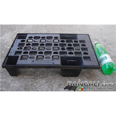 micro40x60V - microPALLET® in Plastica 400x600 mm. Pianale grigliato , 4 Piedi  Asimmetrico Inforcabile su 4 Lati ( 4 Vie), EXPORT-PALLET® Peso Tara  1,6 Kg.